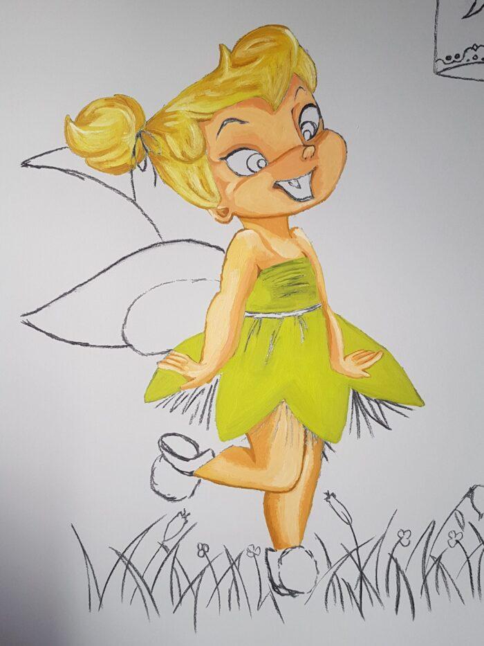 Campanilla con color mural infantil personalizado